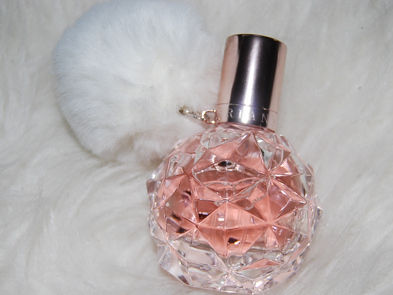Ari By Ariana Grande Parfumreview Lifestylelover