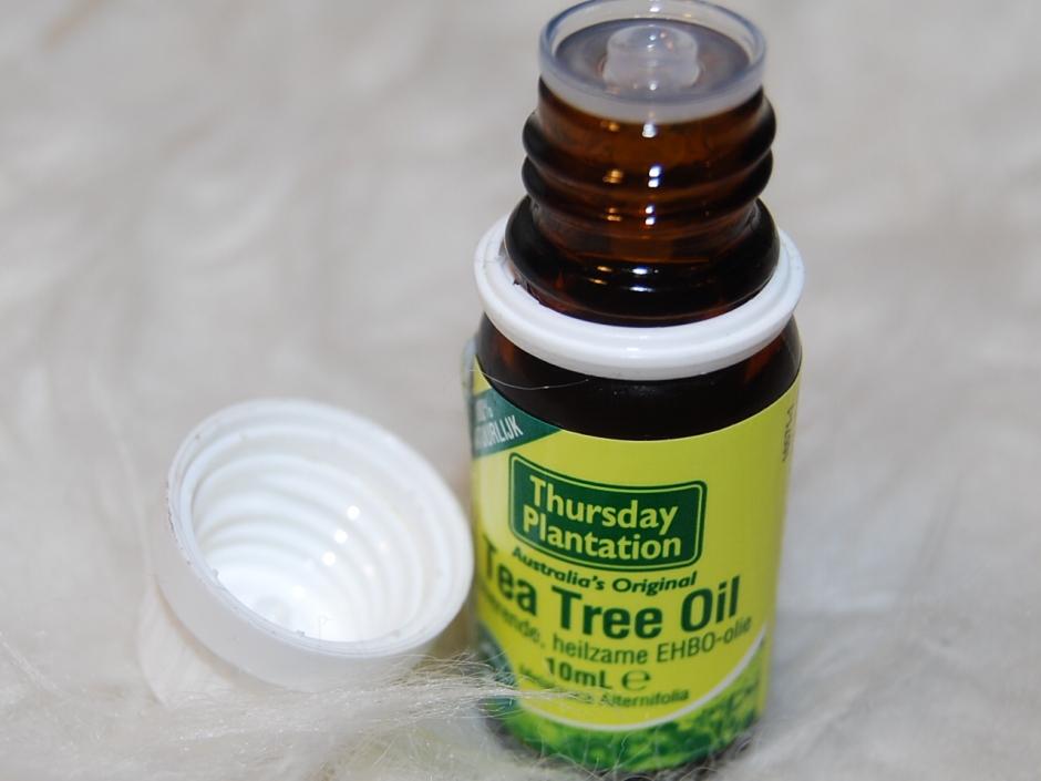 tea tree oil 005